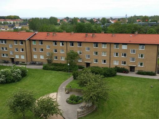 Tak- och fasadrenovering på flerbostadshus, Höganäs